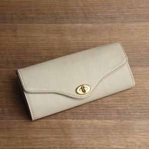 大容量のロングウォレット --- シンプルな革の長財布 [アイボリー]
