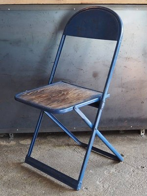 STEEL and WOODEN folding chair