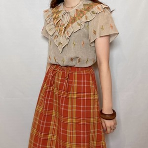 (LOOK) embroidery frill design tops