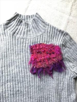 手織りブローチ3