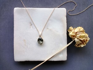 Vintage Stone Necklace■Oval■Gray