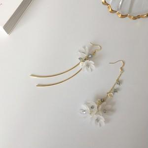【小物】気質良いファッション花形イヤリングピアス
