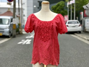 USED/FREE'S PHRASE/ blouse