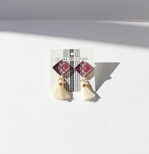 博多織樹脂ピアス (RP-13) 紫 パープル フリンジ タッセル 白 レジン 丸 ラウンド 和装 着物 博多献上