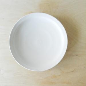 十河隆史 8寸リム皿(白釉)