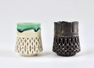 透し彫カップ(白緑/黒)