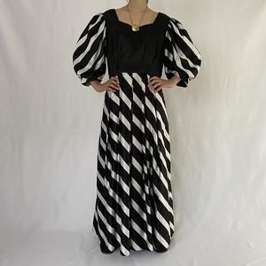 border design volume sleeve dress