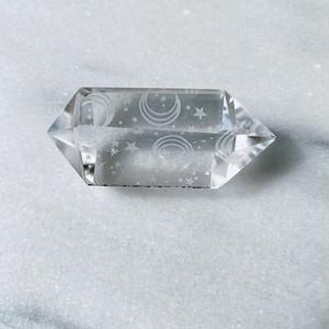 Engraved Clear Quartz 月と星の刻印クリアクォーツ 天然石 ヒーリングストーン インテリア雑貨