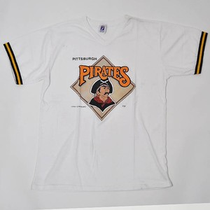 【Used】Made in USA 7Logo MLB Pittsburgh Pirates V-neck T-shirt