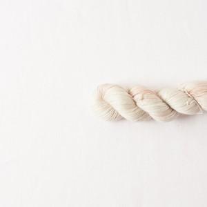 ひそやかさ (Alpaca Silk Cashmere)