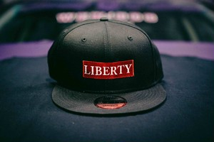 LIBERTY  CAP NEW ERA レッド