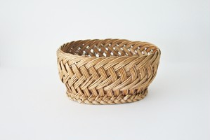 vintage willow basket / 古い柳のかご