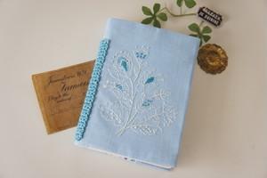 刺繍の手帳カバー(A6サイズ)ブルー