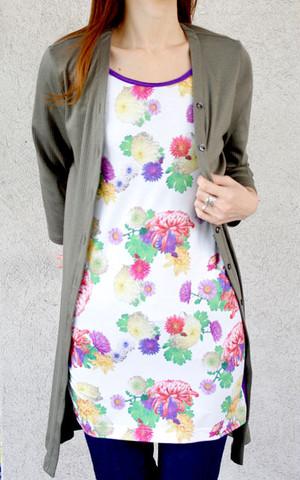 菊柄プリント半袖ロングカットソー