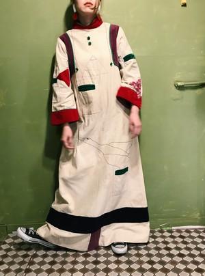 60s handmade bird  embroidery line dress ( ヴィンテージ ハンドメイド 鳥 刺繍 リネン ワンピース )
