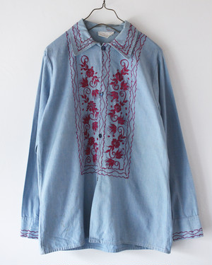70s Embroidery shirts M-L