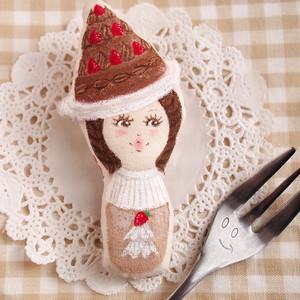 スイーツ女子のブローチ(デコレーションケーキ・チョコ)