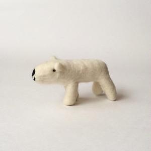 羊毛フェルトのシロクマ Wool Felt Polar Bear