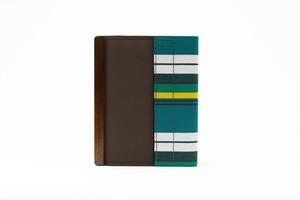 アモルフ 閉じる ブックカバー 手帳カバー A6(文庫)サイズ  茶 ✕ ×グリーン縞
