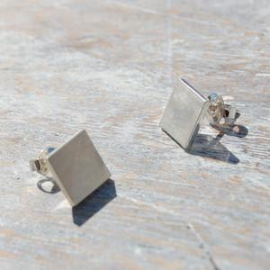 シルバースクエアスタッドピアス 9mm幅 マット|WKS SQUARE STUD PIERCE 9.0 matte|silver950 銀 FA-134
