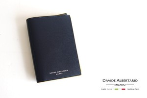 【9月末限定価格】ダヴィデ アルベルタリオ  DAVIDE ALBERTARIO グレインレザーパスポートケース ネイビー×イエロー