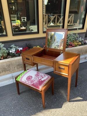 DREXEL vintage desk dresser