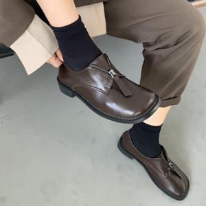 フロントジップローファー おじ靴 マニッシュ 革靴 スクエアトゥ ローヒール 合皮 革 黒 ブラック 白 ホワイト 茶 ブラウン 個性的 履きやすい 韓国