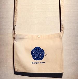 divergent record logo Sacosh