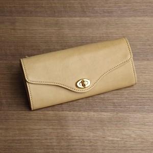 大容量のロングウォレット --- シンプルな革の長財布 [クチナシ]