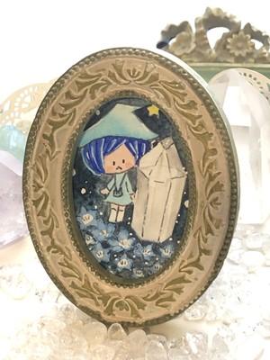 ミニ原画 オーバルフレーム まじょこと水晶とネモフィラ