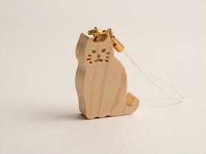 木のストラップ・猫