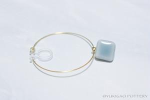 磁器のフープイヤリング/樹脂ピアス【Clear Sea】 *片耳分