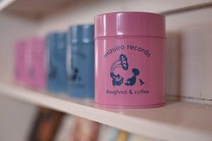 水色レコード オリジナル缶(ピンク地にロゴが深い水色)