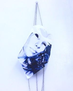 【cybertron tumor】chain knapsack