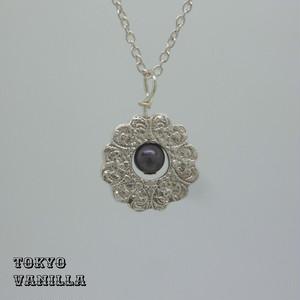 MANDALA - black pearl
