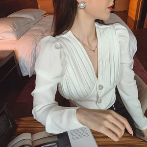 bust pleats blouse