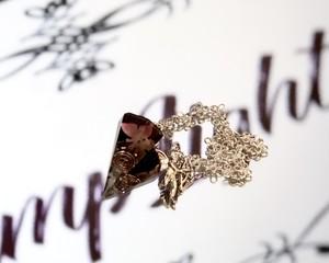 オルゴナイトペンジュラム~黒に舞う蝶1~