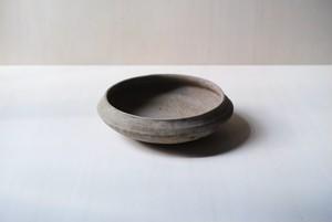 二線紋鉢 / stratum