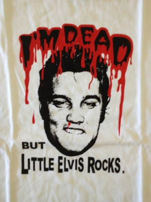 I'M DEAD BUT LITTLE ELVIS ROCKS! エルヴィス Tシャツ