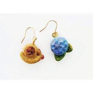 てるぼの屋 手作り紫陽花とカタツムリ ピアス ぷらぷら tpa01-1805