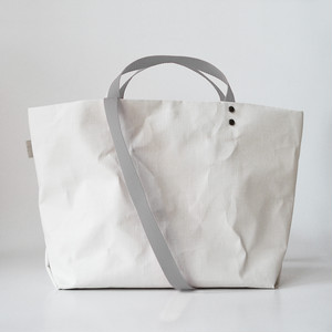 【N/no × E/zel.】SOME WAY LIGHT TOTE BAG (M+)_PP/SILVER GRAY