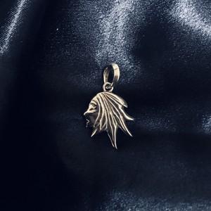 『Queen ERISSA』pendant