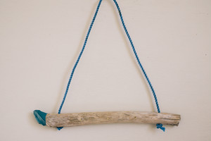 001 Driftwood Hanger