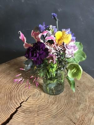 ガラスカップ付き花束