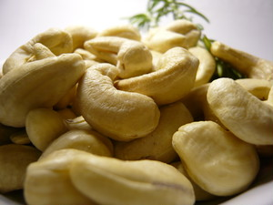 Hearty Cashew Nuts  ブルキナファソ産100g