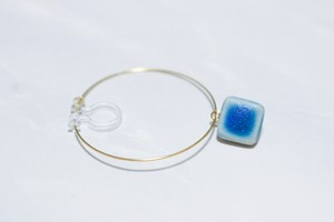 磁器のフープイヤリング/樹脂ピアス【Turkey Blue】 *片耳分