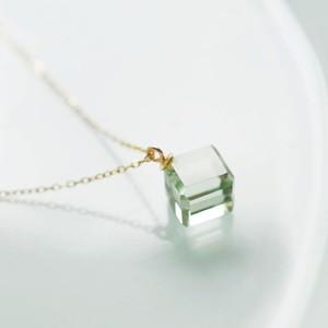 K18 グリーンアメジスト キューブ形 ネックレス
