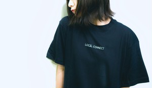 LOCAL CONNECT 刺繍ロゴTシャツ (黒)