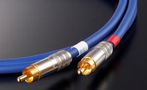 ◆AET(エーイーティー) EVO0605SHRF RCA/0.6mペア【RCAインターコネクトケーブル】 ≪定価表示≫お得な販売価格はお問い合わせ下さい!!
