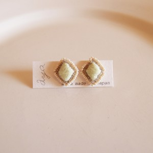 New cotton drop 11 ❘  aya 刺繍 ピアス